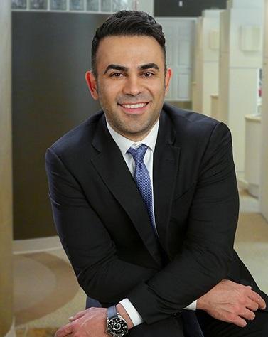 Dr. Reza Atashzareh, a dentist in Redmond WA at Smile Artistry.